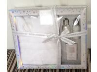 New Boxed, Baylis & Harding Ltd Edition, dressing gown beauty products, please see description
