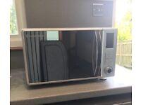 Russel Hobbs Microwave oven