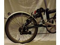 Excellent Condition 6-Gear Brompton with all the trimmings, hardly used and fully serviced/cleaned