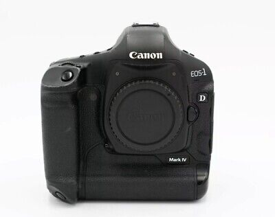 Canon EOS 1D Mark IV low shutter 61000 Body, battery and charger