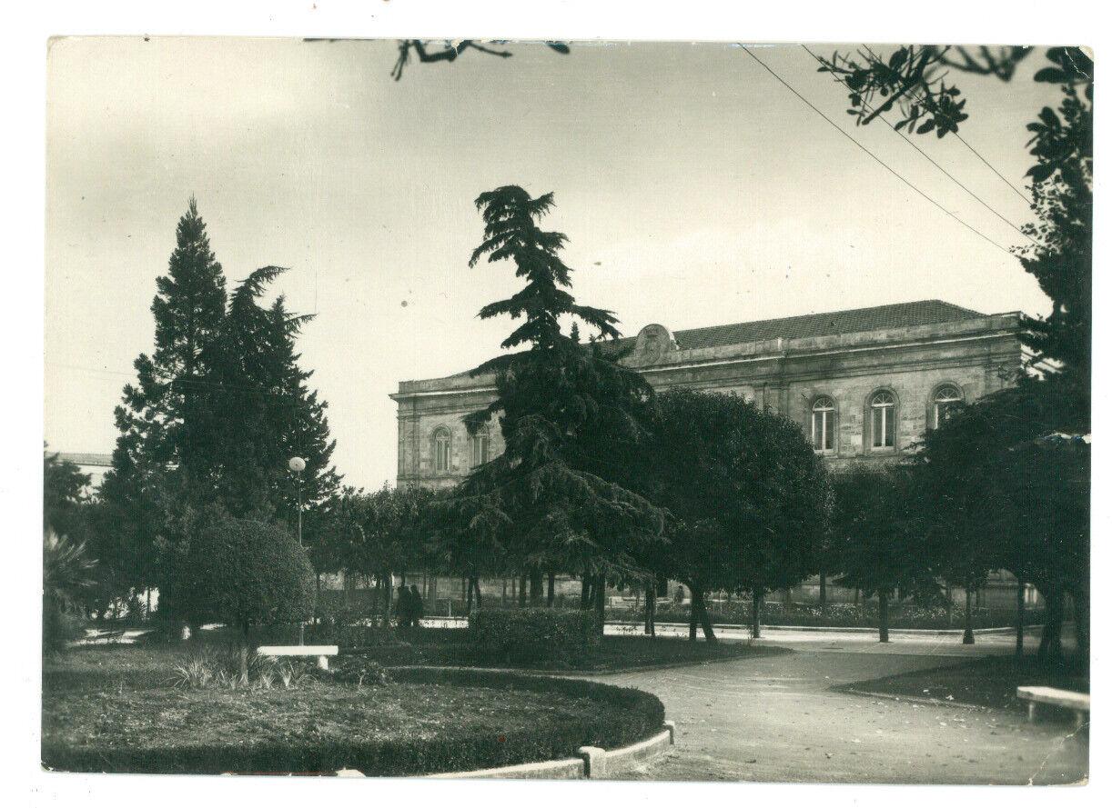 SANTERAMO IN COLLE EDIFICIO SCOLASTICO VILLA COMUNALE BARI PUGLIA VIAGGIATA 1955