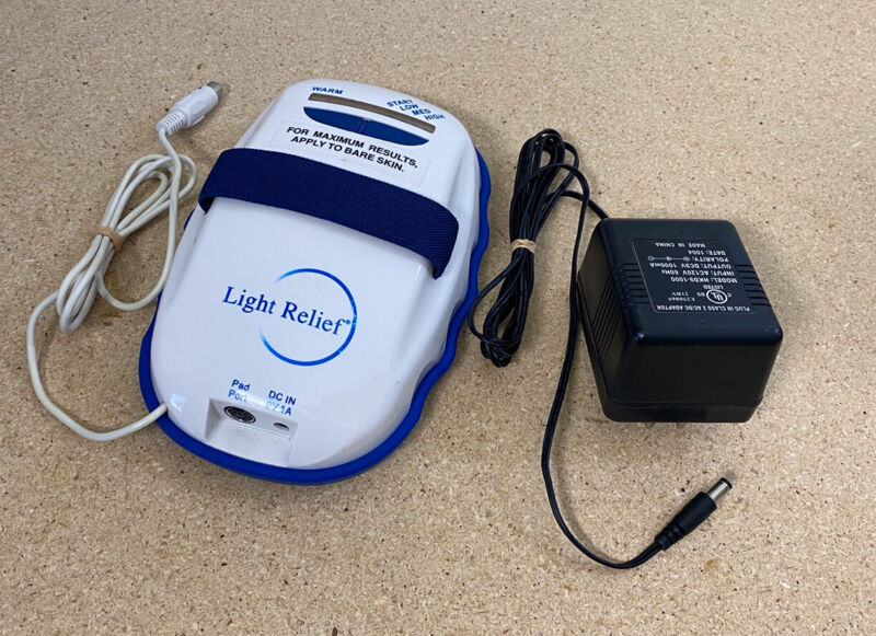 Light Relief Infrared Pain Relief Therapy Device LR150 LightRelief w/ Adapter