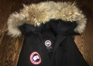 CANADA GOOSE WOMENS BOMBER - SIZE S