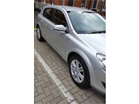 Automatic Vauxhall astra sri. 12 month mot with no advisory. Low mileage