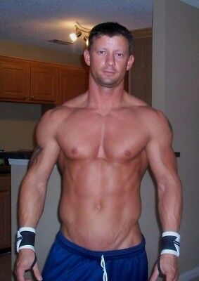 Shirtless Muscular Male Beefcake Physique Hunk Hot Mature Dude PHOTO 4X6 F327