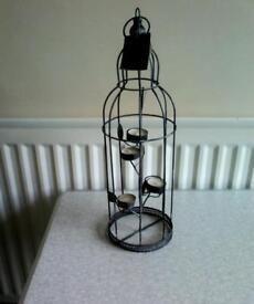 Decorative tee light holder