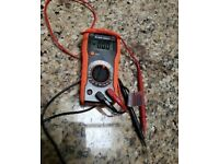 KLEIN TOOLS - MM300 MANUAL-RANGING DIGITAL MULTIMETER 600V In good working condition