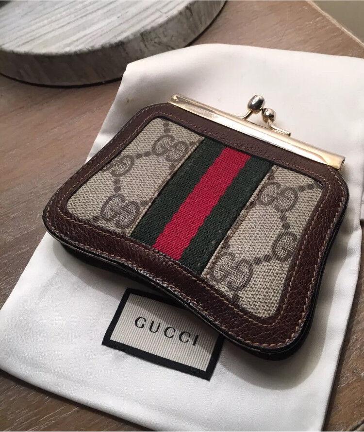 e69dcd516 Genuine Gucci 1980's Vintage Accessory Collection Clasp Coin Purse ...