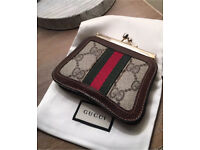 Genuine Gucci 1980's Vintage Accessory Collection Clasp Coin Purse