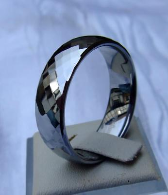 WOLFRAM/TUNGSTEN CARBIDE RING  - 7,5 MM BREIT -  288 FACETTEN -TITAN HART (043)