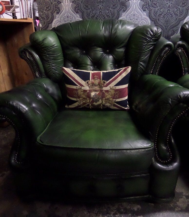 Stunning Chesterfield Winchester Arm Chair In Green Leather 2 Available Uk Delivery