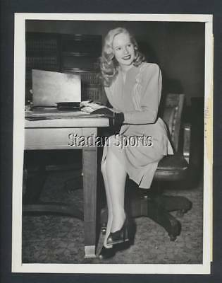 "Original Peggy Cummings Fashion Press Photo 1945  ""Forever Amber"" Actress"