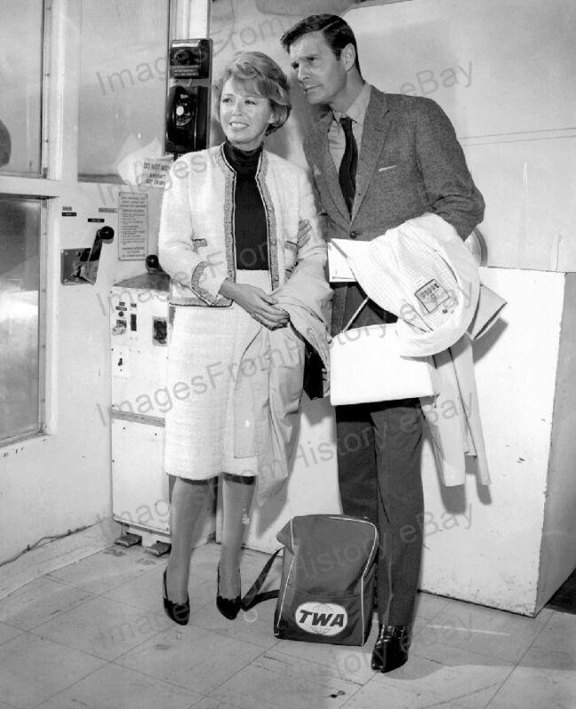 8x10 Print Louis Jourdan Berth Quique Candid New York City Airport 1963 #LJAE