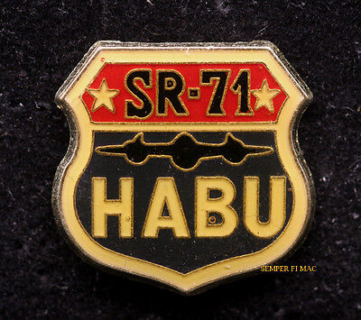 Sr 71 Blackbird Habu Air Force Nasa Pin Skunk Works Us Hat Gift