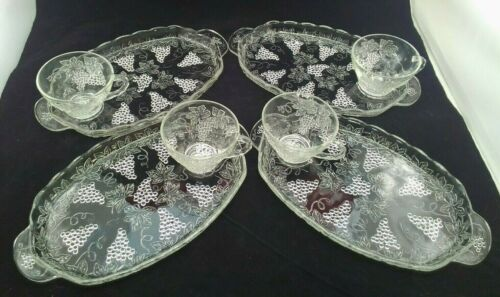 Vintage 1950 Anchor Hocking ? Clear Glass Grapes Serve a snack set Set of Four
