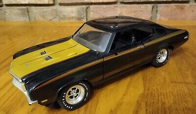 ERTL American Muscle 1971 Buick GSX Black & Gold 1:18 Scale Diecast Model Car