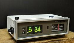 VTG Flip Clock Eames Space Age Retro Mid Century Modern Am/Fm Radio Mod White
