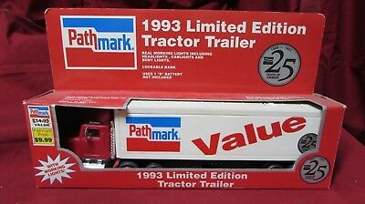 Path Mark 1993 Tractor & Trailor 18 Wheels NIB