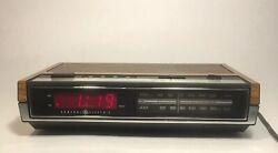 GE General Electric Digital Alarm Clock AM/FM Radio 7-4630B Wood-grain Look Work