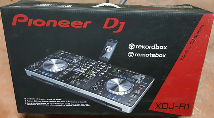 PIONEER XDJ R1 DJ near new 2017