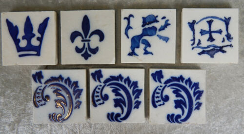 7 ANTIQUE VINTAGE BLUE & WHITE CERAMIC TILES FLEUR DE LIS LION CROWN CREST LOT