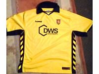 Aston Villa Football Shirt. Vintage / Older. Size XL / 2XL