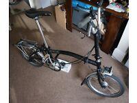 Brompton M3R - 3 Speed Folding Bike with Dynamo Lights & Luggage Rack