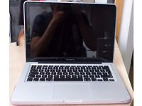 """Macbook Pro 13"""", 8GB DDR3 Ram, I5 2.4Ghz, Great condition, Case included, Original Power cable"""