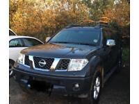 Nissan navara adventurer