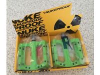 NukeProof Electron Evo Pedels in Green
