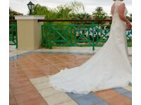 Ivory immaculate Wedding Dress