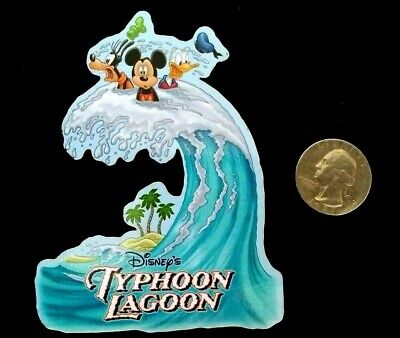 DISNEY PARKS TYPHOON LAGOON MICKEY DONALD SOUVENIR RESIN REFRIGERATOR (Disney Typhoon Lagoon)