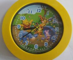 Working Disney Winnie the Pooh & Tigger Fantasma Collectible Wall Clock