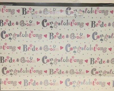 Bride And Groom Gift Bags (Congratulations bride and Groom decorative wedding day gift bags Mr&Mrs)