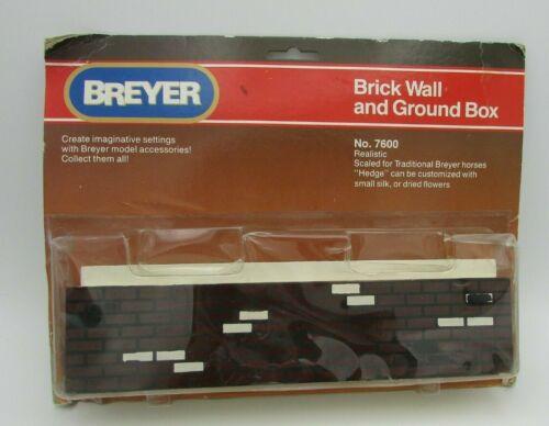 Breyer Brick Wall and Ground Box 7600 Vintage 1991 (U-1)