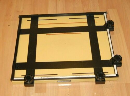 Saunders Four Bladed 11x14 Easel Master Series - made in Rochester NY