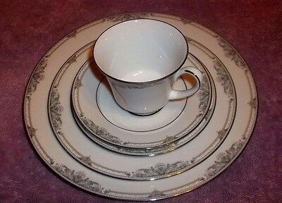 Noritake Wood - LEGENDARY BY Noritake HEATHER WOOD 5 PIECE SETTING NEW NEVER USED