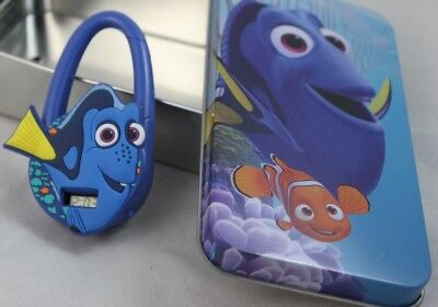 Disney Finding Dory Clip Carabiner Digital Watch with Tin