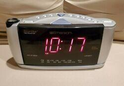 Emerson CKS3528 Projection Dual Alarm Clock AM/FM Radio with smart set time