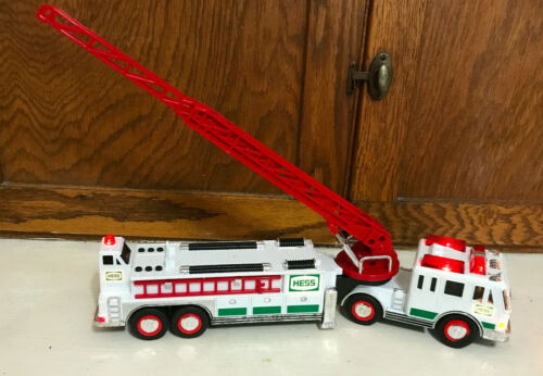 2000 Hess Toy Fire Truck - Used - Great Condition