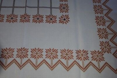 White rustic desig cross stitch embroidered cotton mix tablecloth 42