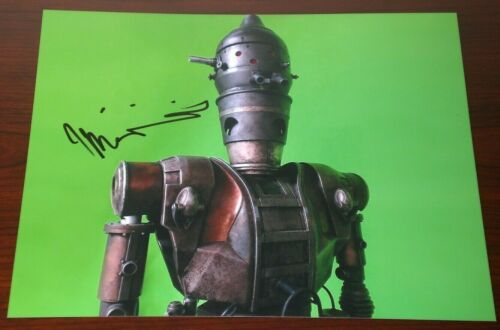TAIKA WAITITI SIGNED THE MANDALORIAN IG-11 COOL PROMO 8X10 PHOTO AUTOGRAPH COA