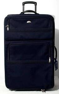 VERY LARGE SUITCASE WITH WHEELS. BLACK. SAMSONITE. East Perth Perth City Area Preview