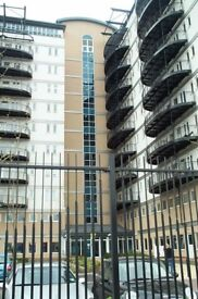 STUNNING 2 BEDROOM IN CENTRAL HOUSE, STRATFORD