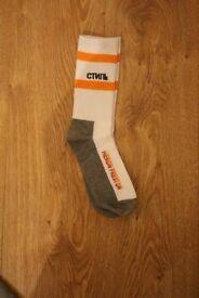 New Heron Preston Pair Of CTNMB Orange Grey Socks A Cold Wall Off White Alyx Nike Supreme Stussy
