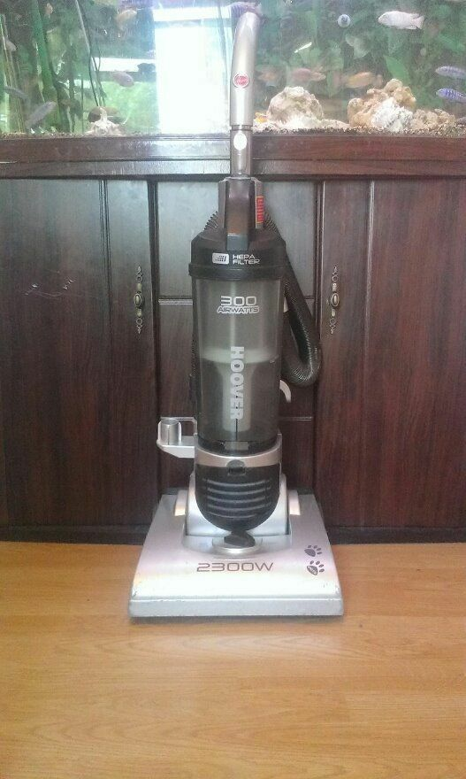 Used Hoover 2200watts Pet Aid Upright Vacuum Cleaner In