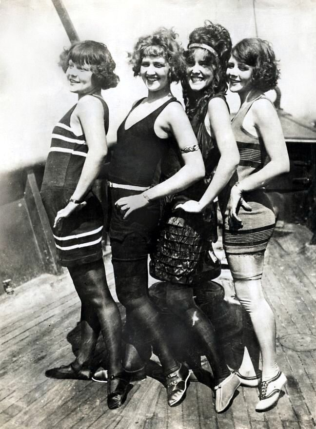 the women of the jazz age called flappers 11 nonfiction books about the 1920s by  it was also the decade in which the jazz age and harlem renaissance  joshua zeitz examines some of the decade's most famous new women in flapper.
