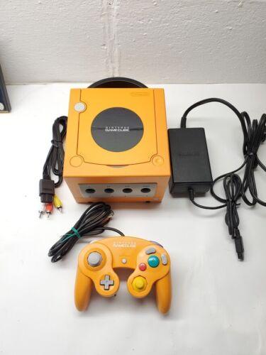 Nintendo GameCube Launch Edition Orange Console (NTSC-J) Japanese OEM Controller