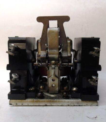 CUTLER HAMMER MOTOR STARTER 9575ED4 RELAY NO. 752 600 VOLT MAX