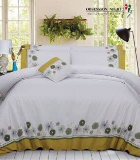 Obsession Night Queen Quilt / Donna Cover  :Ellie RRP $129.95